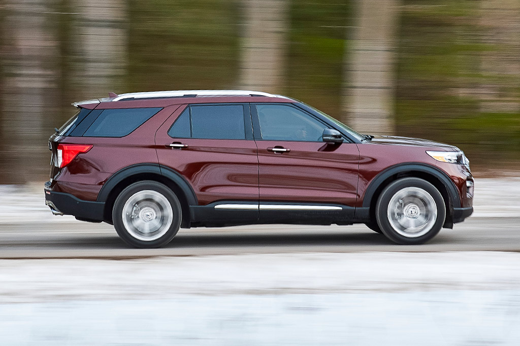 2020 Ford Explorer: First Look featured image large thumb1