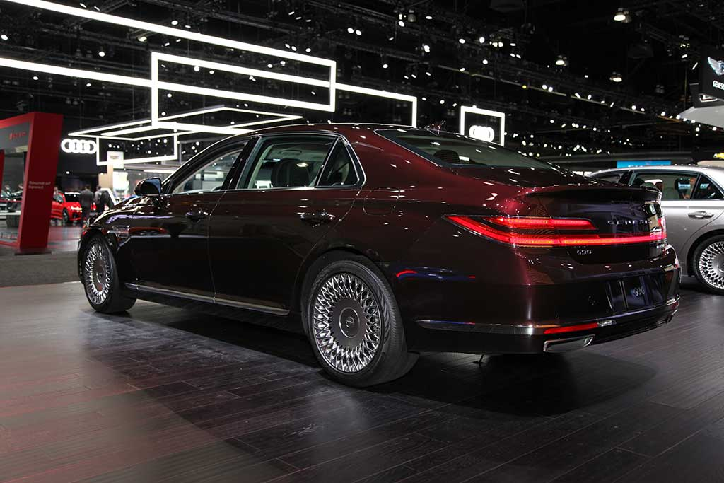 2020 Genesis G90: First Look featured image large thumb8