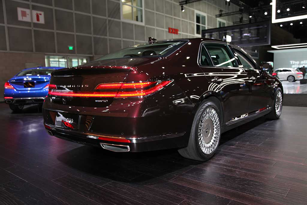 2020 Genesis G90: First Look featured image large thumb6