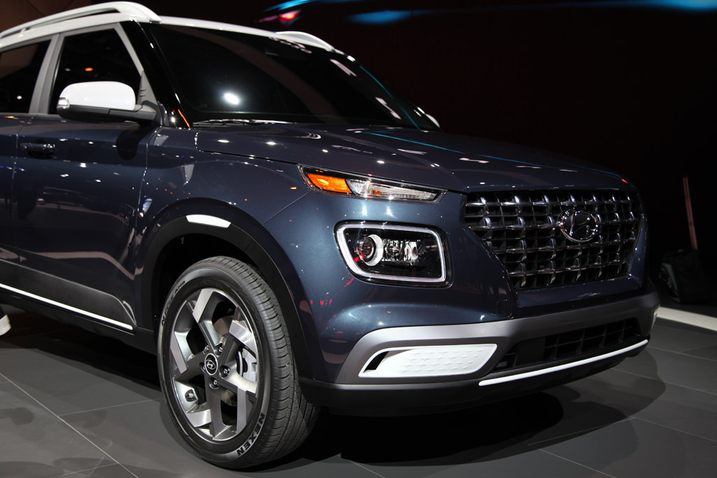 2020 Hyundai Venue: First Look featured image large thumb7