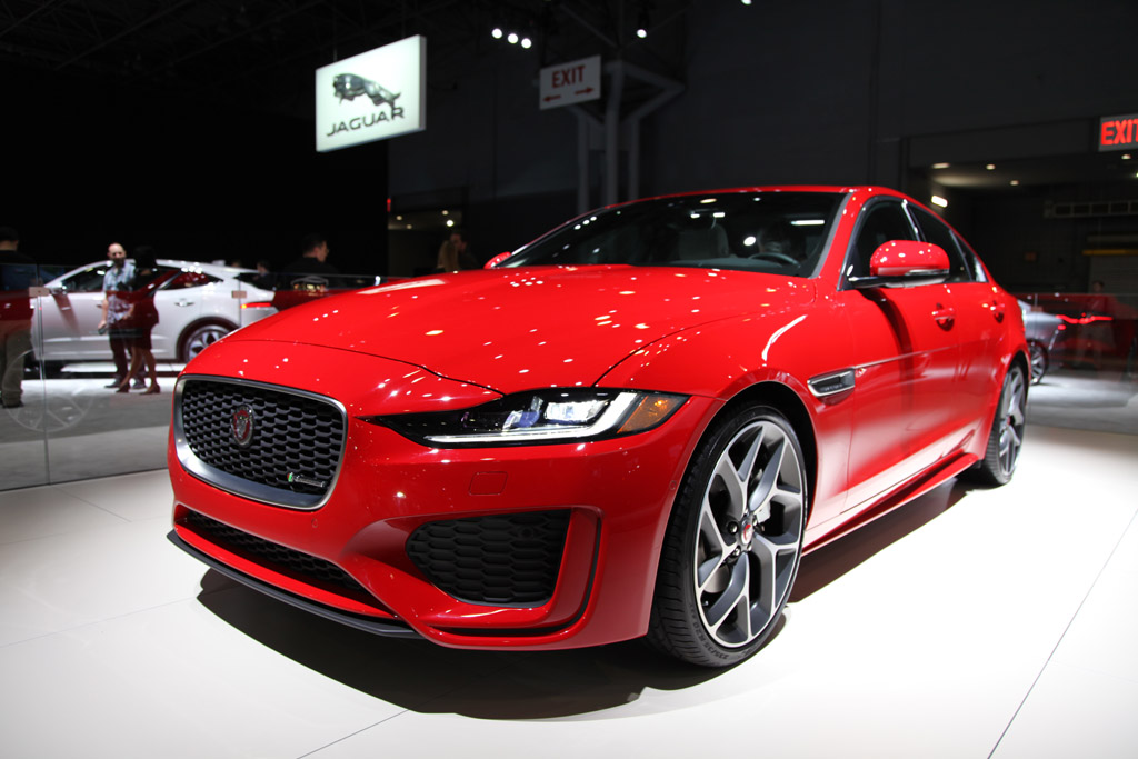 2020 jaguar xe: first look - autotrader