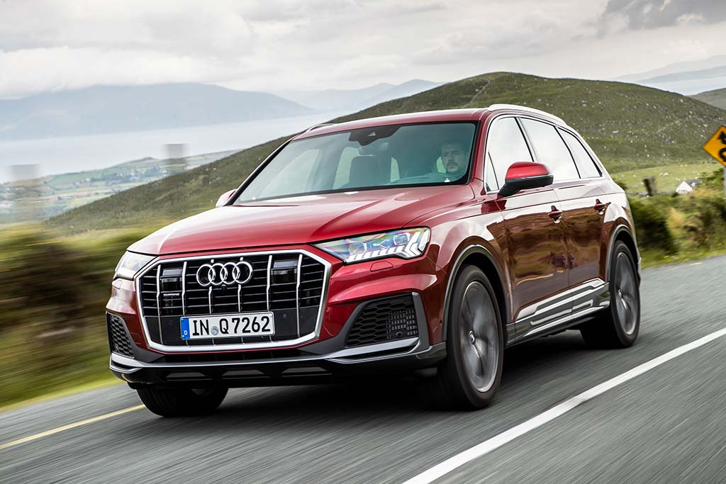 2020 Audi Q7 Review featured image large thumb1