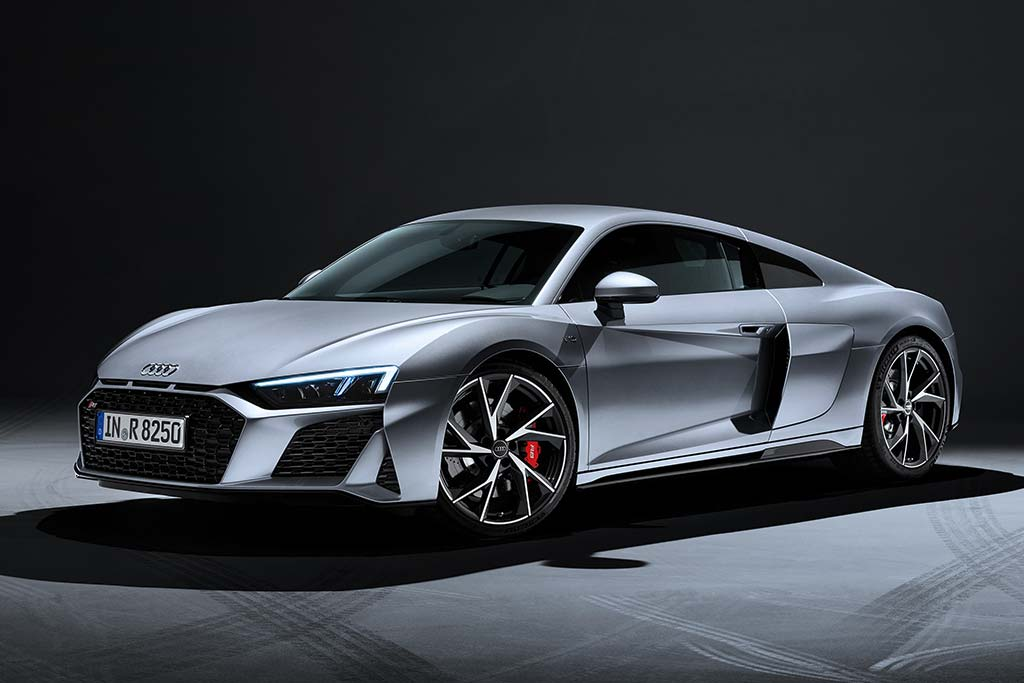 2020 Audi R8 Review featured image large thumb0
