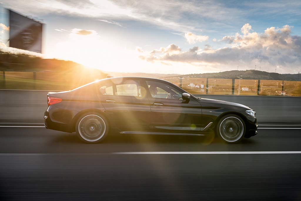 2019 BMW 5 Series: New Car Review featured image large thumb4