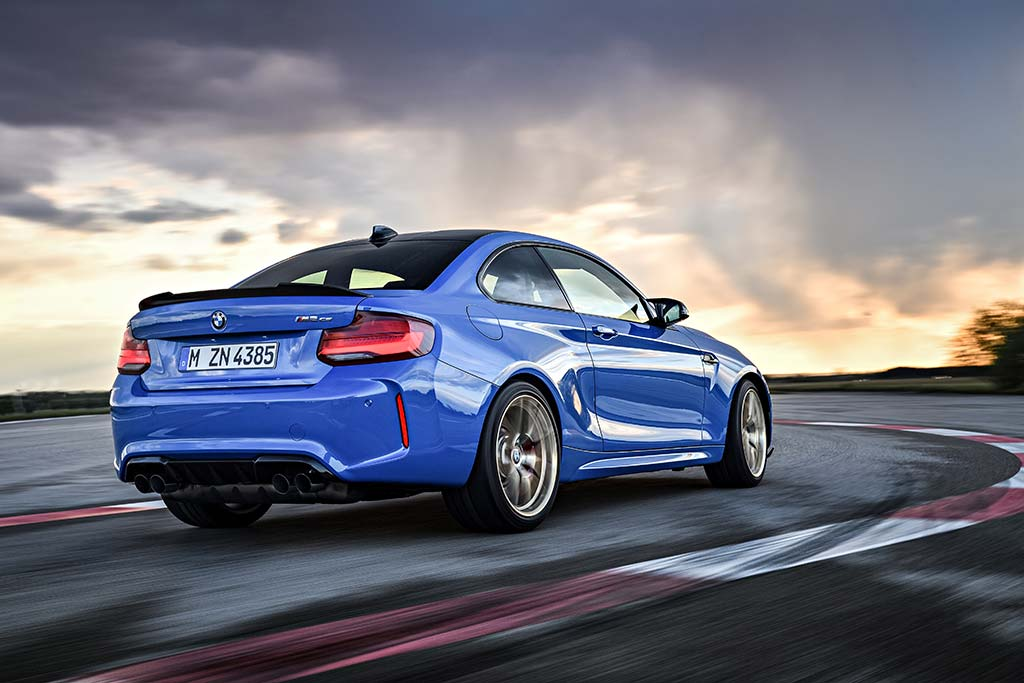 2020 BMW M2 Review featured image large thumb1