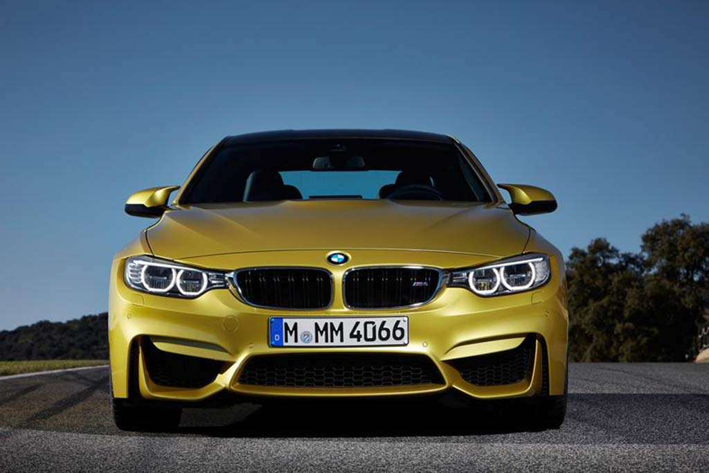 2018 BMW M4: New Car Review featured image large thumb4