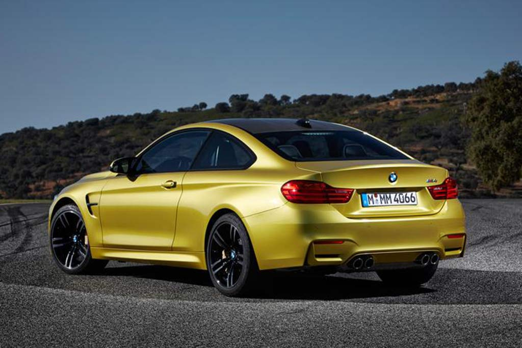 2018 BMW M4: New Car Review featured image large thumb5