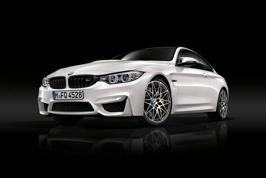 2018 BMW M4: New Car Review featured image large thumb0