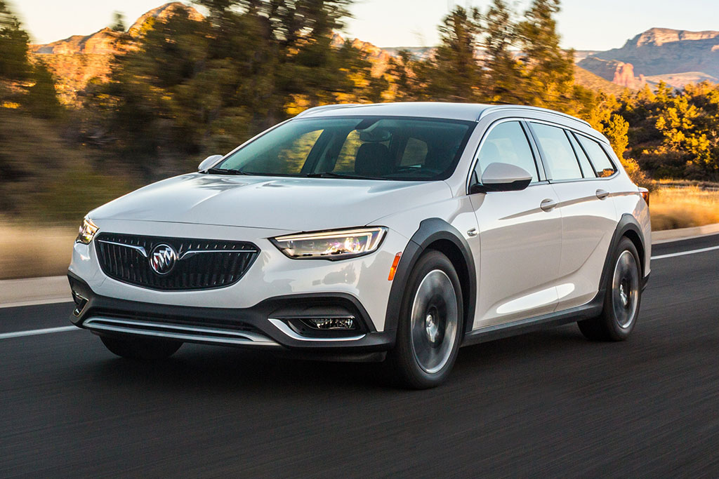 2019 Buick Regal TourX Review featured image large thumb0