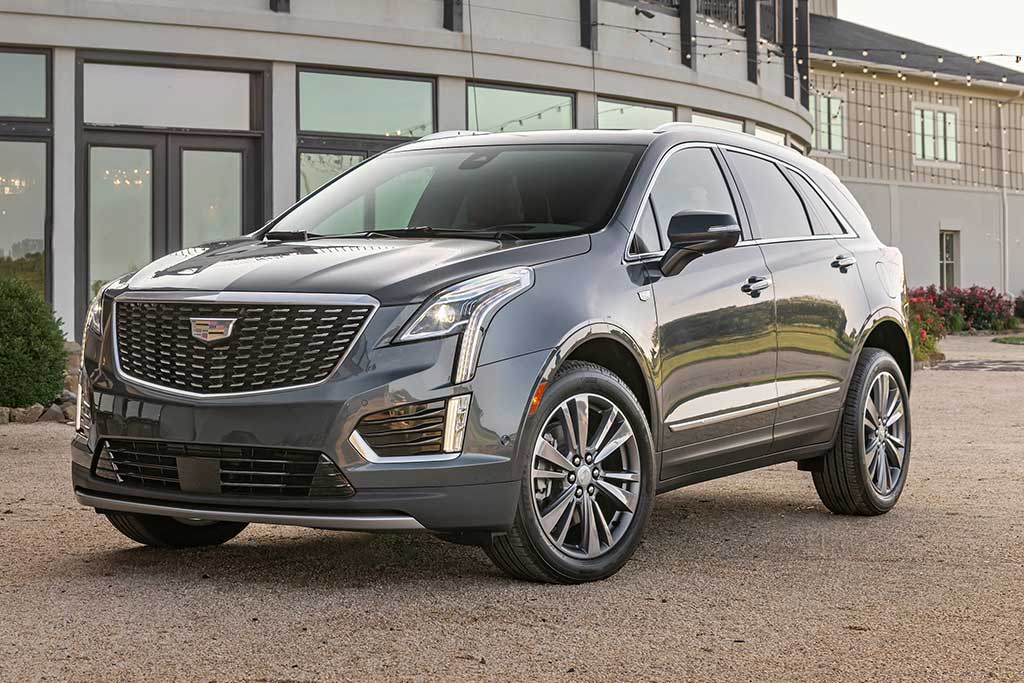 2020 Cadillac XT5 Review featured image large thumb0