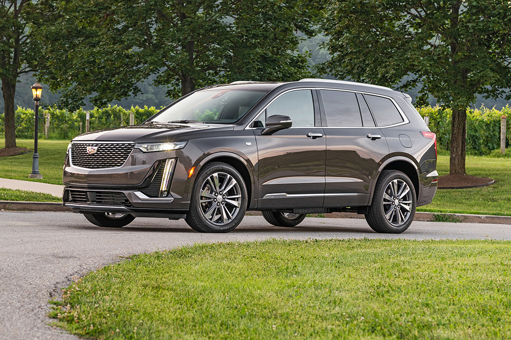 2020 Cadillac XT6 Review featured image large thumb0