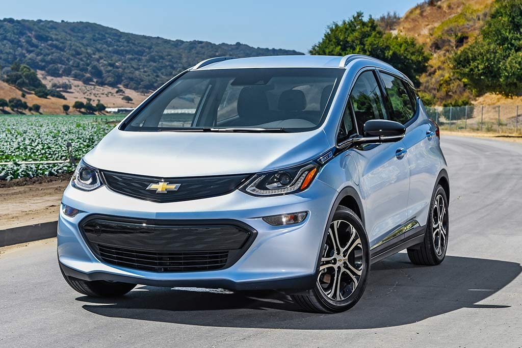 2019 Chevrolet Bolt: New Car Review featured image large thumb5