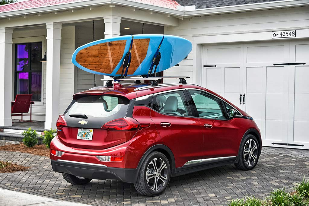 2019 Chevrolet Bolt: New Car Review featured image large thumb1