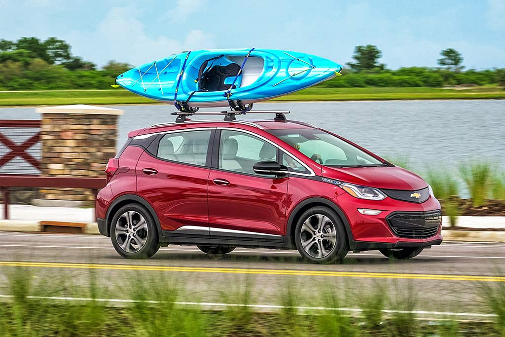 2019 Chevrolet Bolt New Car Review Featured Image Large Thumb0
