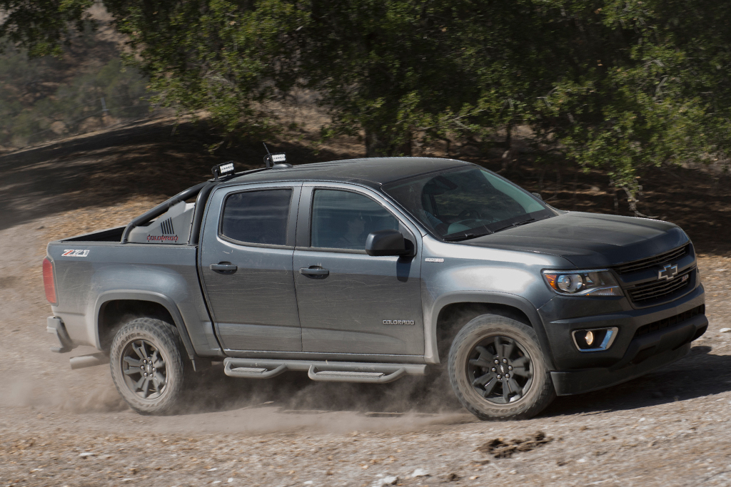 2016 Chevrolet Colorado: Used Car Review featured image large thumb5
