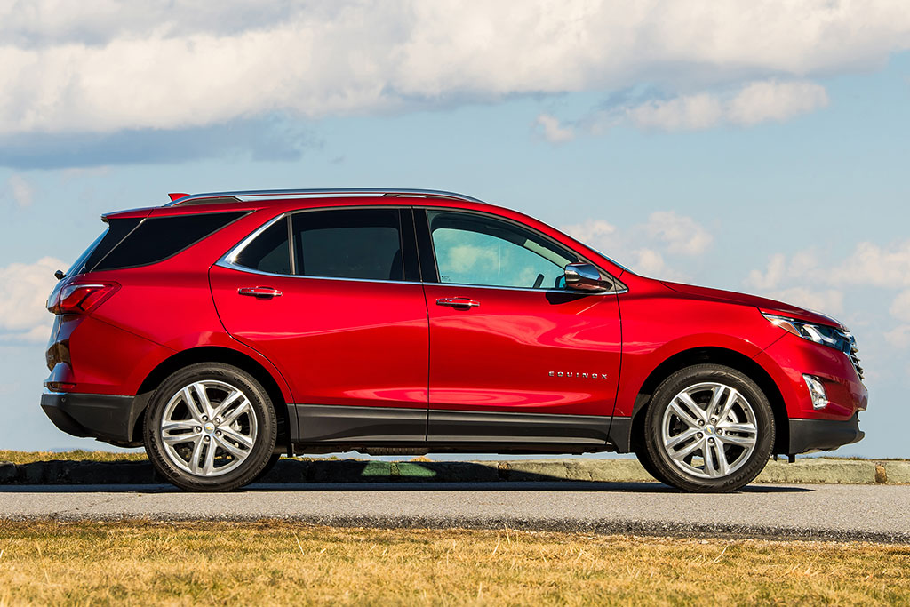2019 Chevrolet Equinox Review featured image large thumb7
