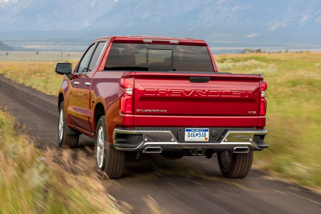 2019 Chevrolet Silverado: First Drive Review featured image large thumb7