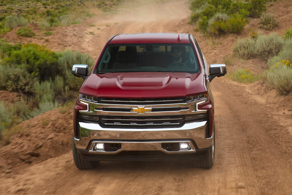 2019 Chevrolet Silverado: First Drive Review featured image large thumb1