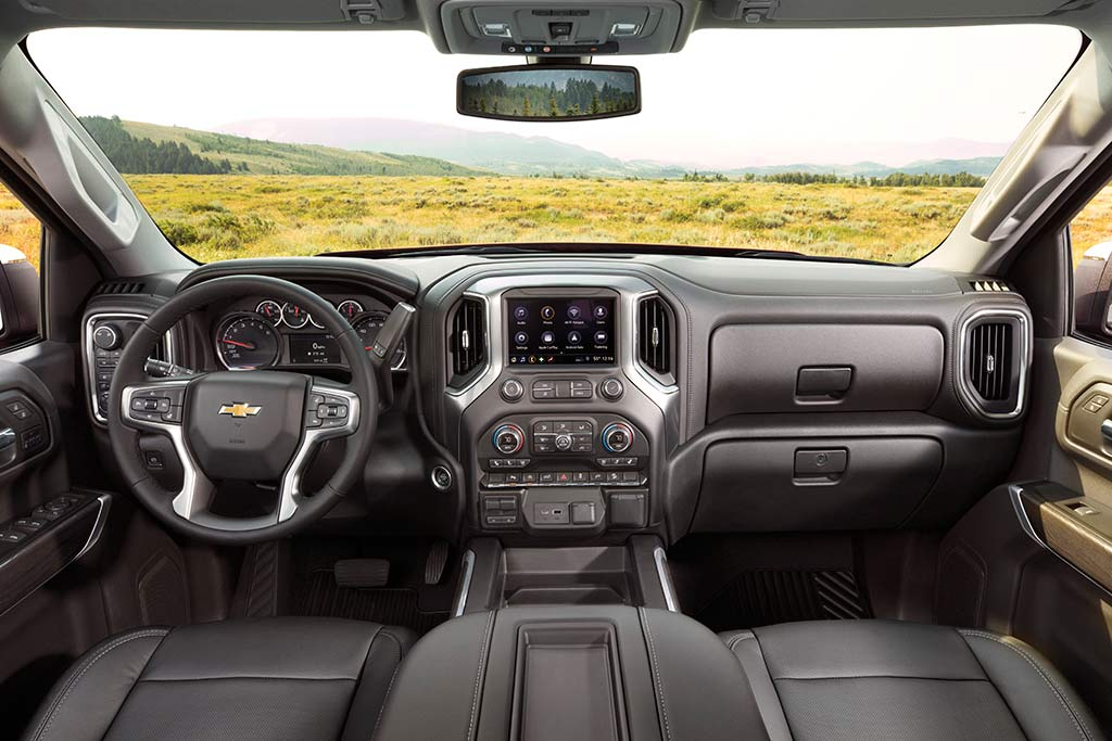 2019 Chevrolet Silverado: First Drive Review featured image large thumb3