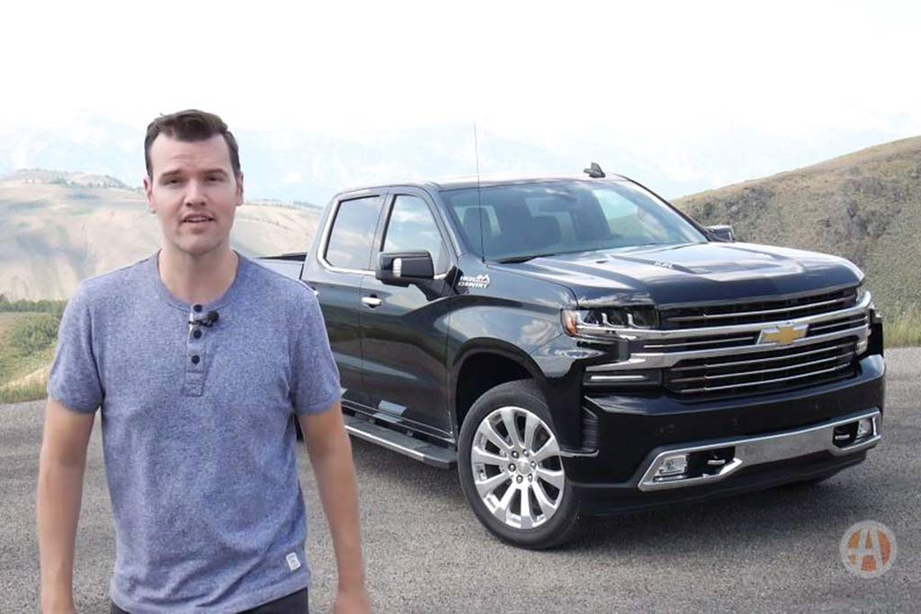Video | 2019 Chevrolet Silverado: 9 New or Improved Features featured image large thumb1
