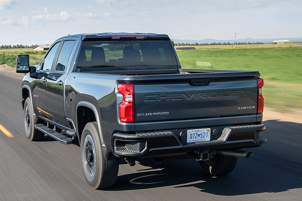 2020 Chevrolet Silverado HD Review - Autotrader