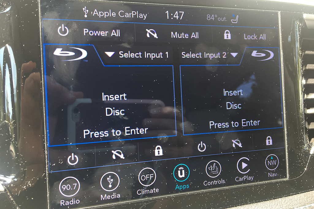 2018 Chrysler Pacifica Hybrid Ownership: Road Trippin' and All Hail the Hybrid featured image large thumb2