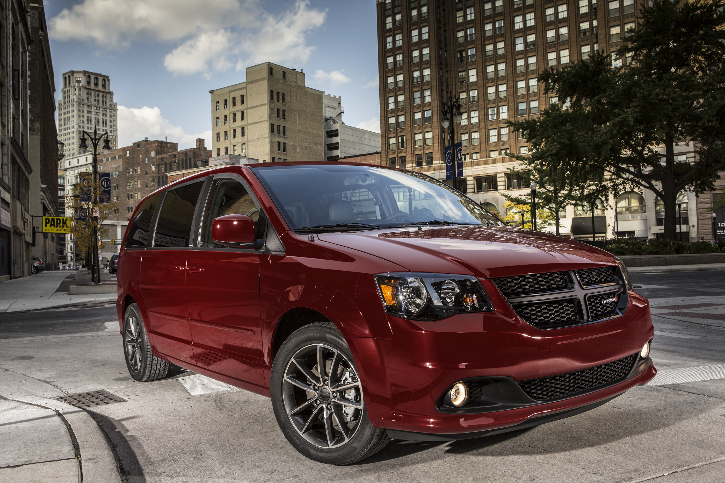 2018 Dodge Grand Caravan New Car Review Featured Image Large Thumb0