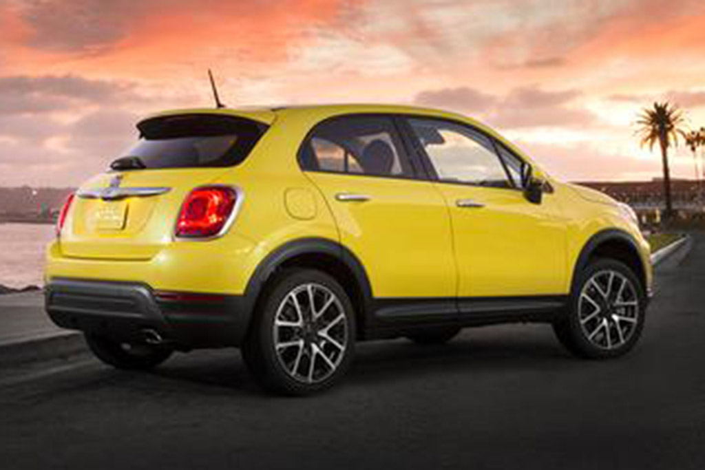 2018 FIAT 500X: New Car Review featured image large thumb1