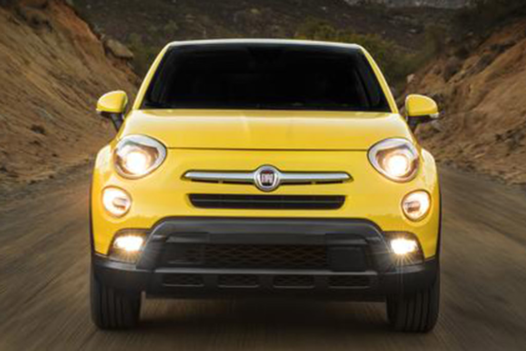 2018 FIAT 500X: New Car Review featured image large thumb4