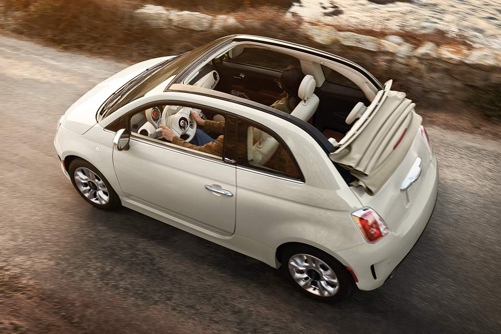 2019 Fiat 500: New Car Review featured image large thumb4