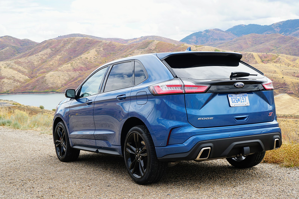 2019 Ford Edge ST: First Drive Review featured image large thumb2