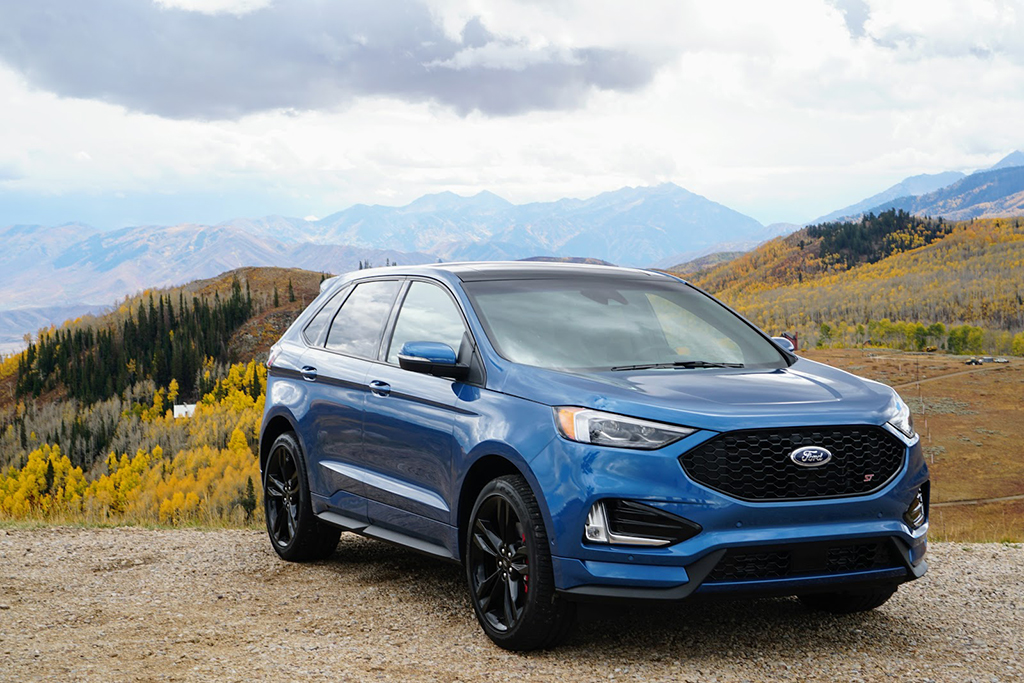 2019 Ford Edge ST: First Drive Review featured image large thumb8