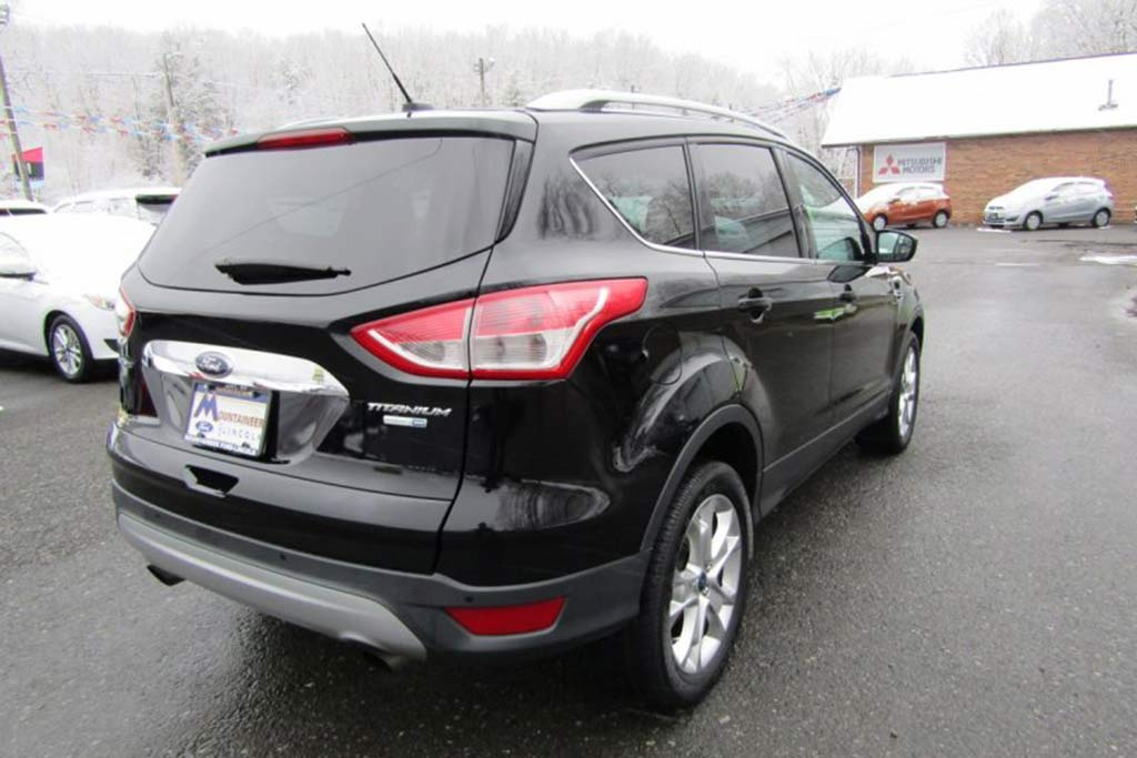 2016 Ford Escape: Used Car Review featured image large thumb2