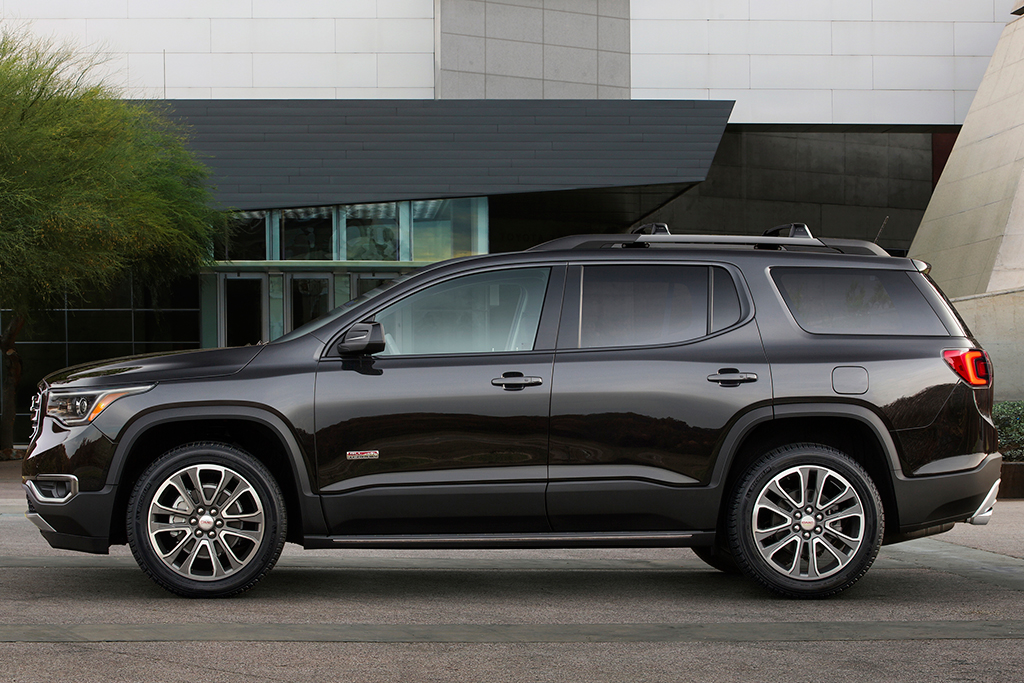 2019 GMC Acadia: New Car Review featured image large thumb5