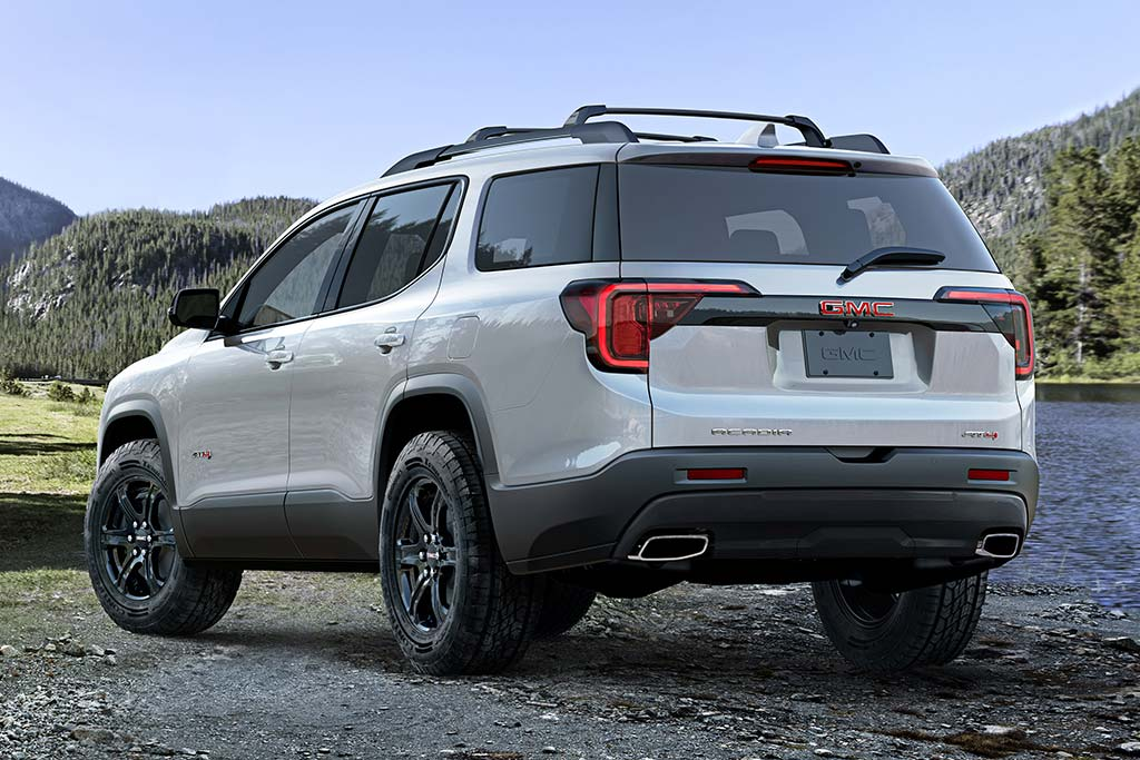 2020 GMC Acadia Review featured image large thumb1