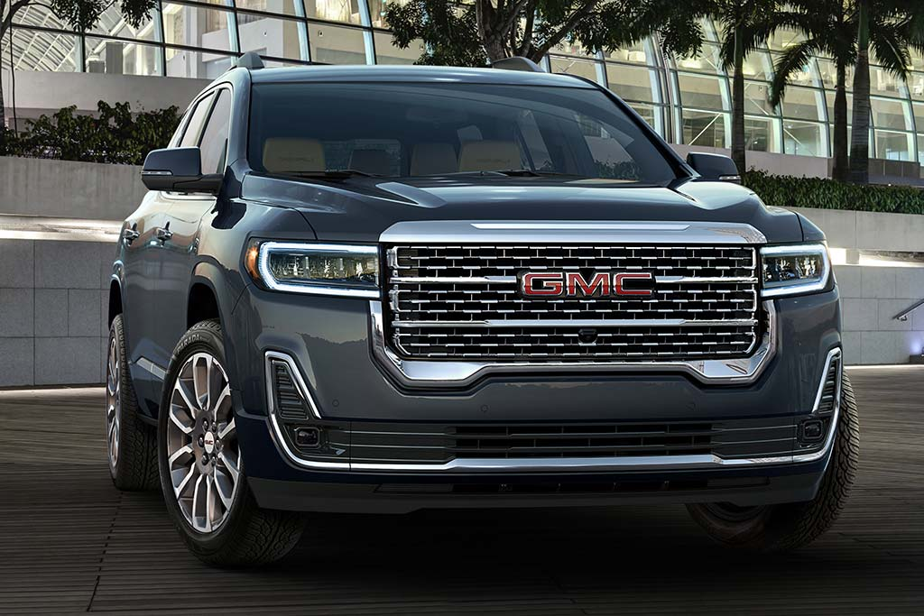 2020 GMC Acadia Review featured image large thumb5