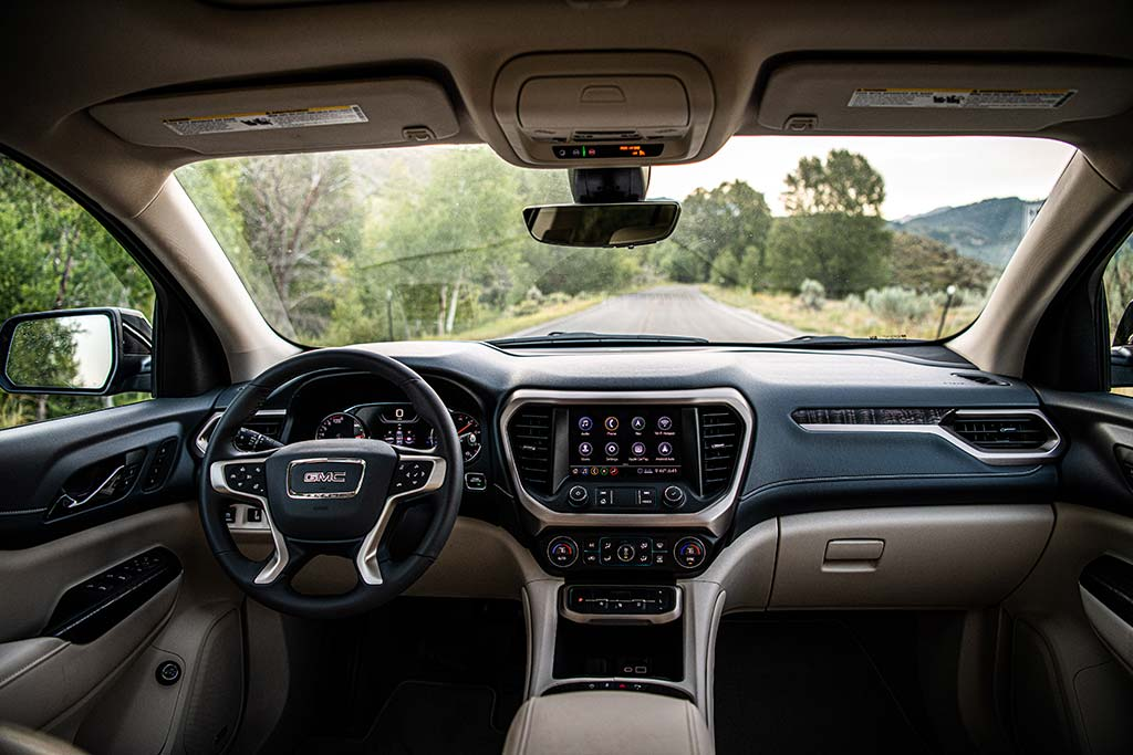 2020 GMC Acadia Review featured image large thumb6