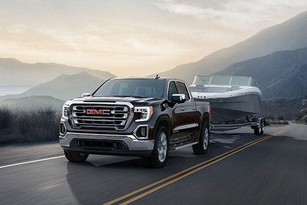2019 GMC Sierra: More Than a Fancy Silverado? featured image large thumb4