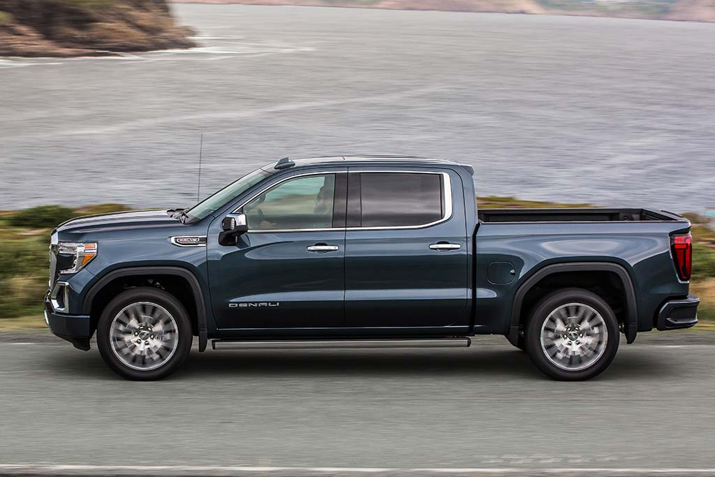 2019 GMC Sierra 1500 Review featured image large thumb11