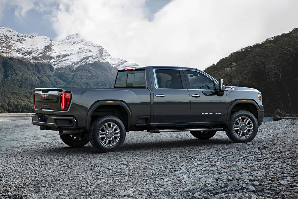 2020 GMC Sierra HD Review featured image large thumb2