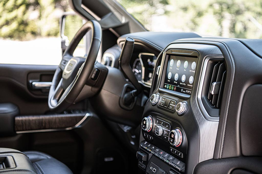 2020 GMC Sierra HD Review featured image large thumb8