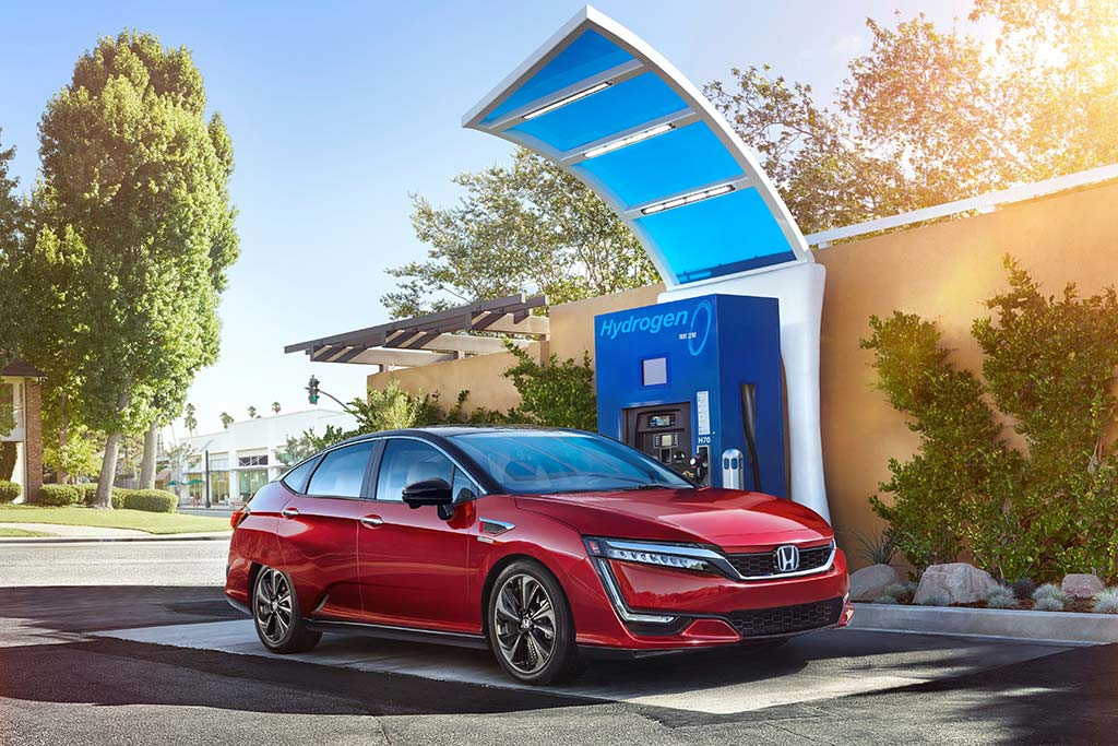 2020 Honda Clarity Review featured image large thumb7