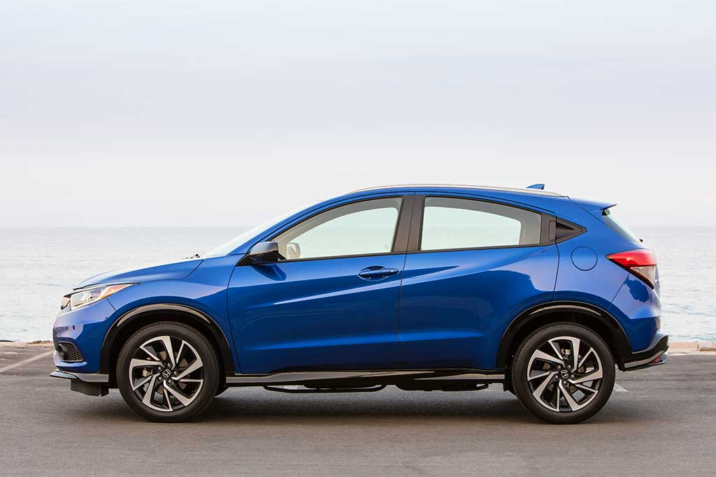2019 Honda HR-V: New Car Review featured image large thumb2