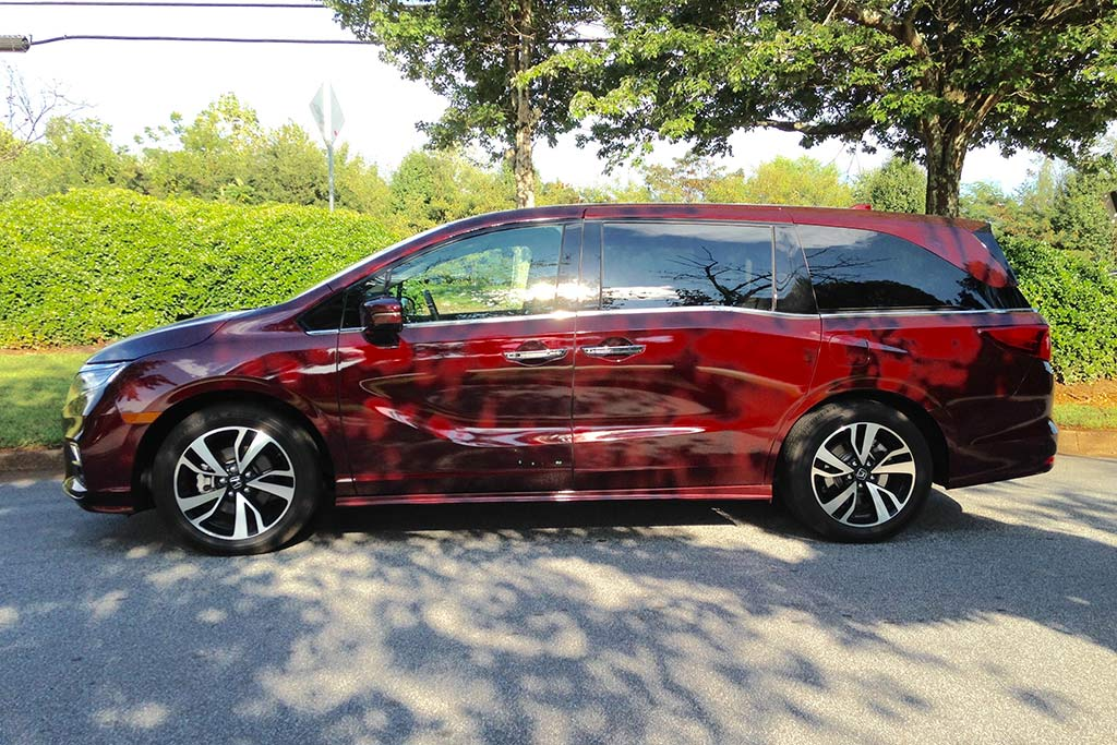 2018 Honda Odyssey: Road Trip to Charlotte featured image large thumb1