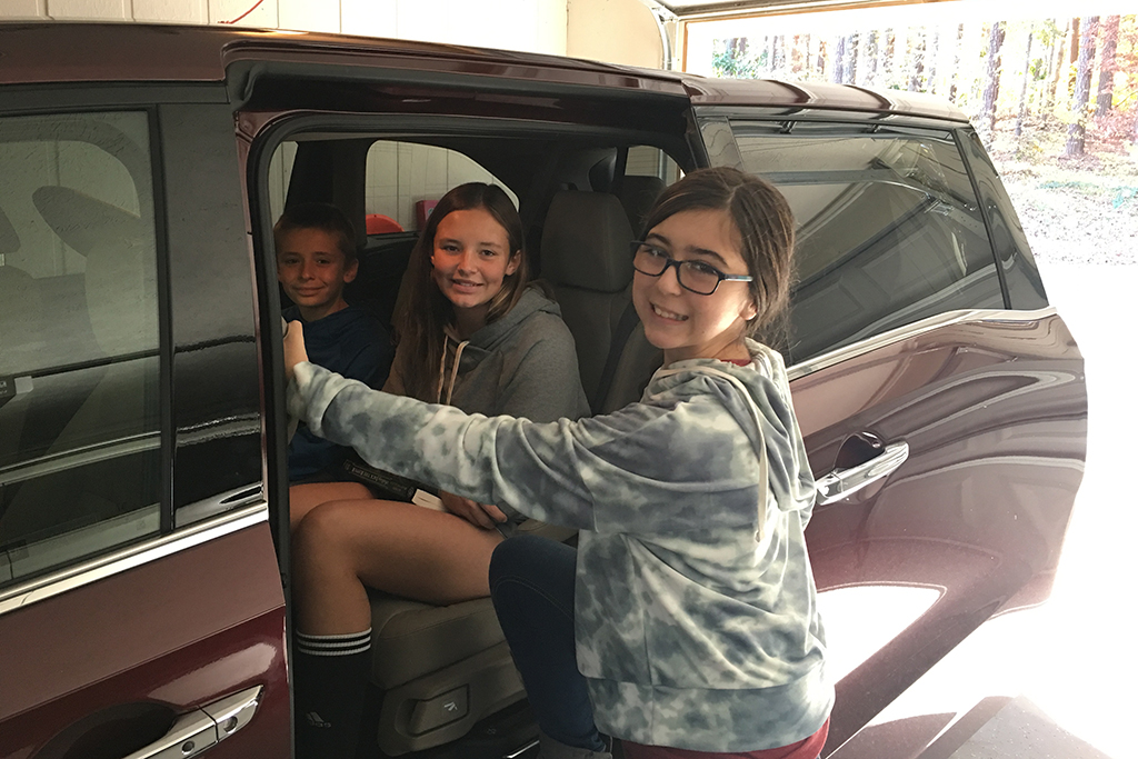 2018 Honda Odyssey: I Have a Mild Minivan Addiction featured image large thumb1