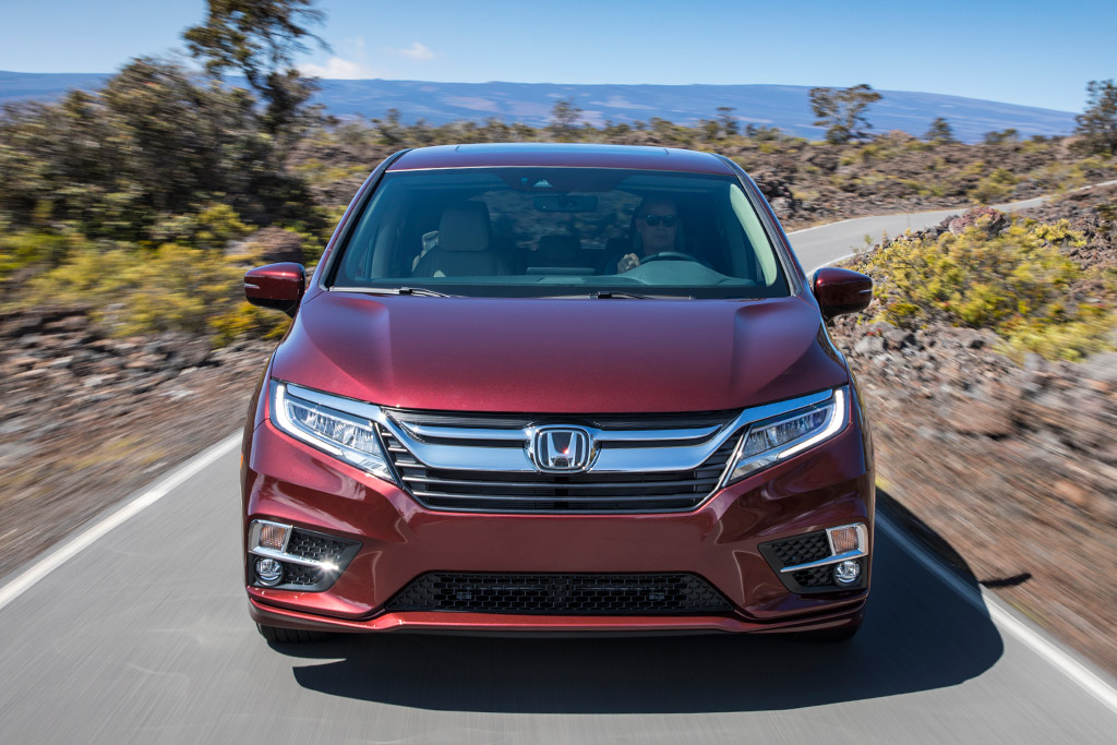 2019 Honda Odyssey: New Car Review featured image large thumb2
