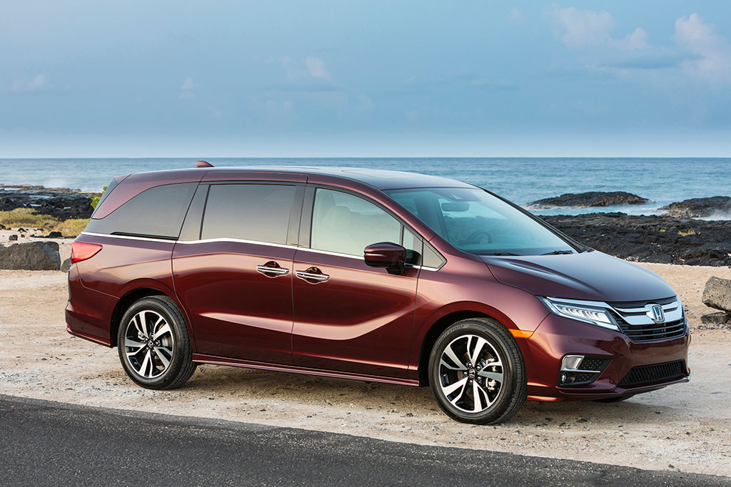 2019 Honda Odyssey: New Car Review featured image large thumb3