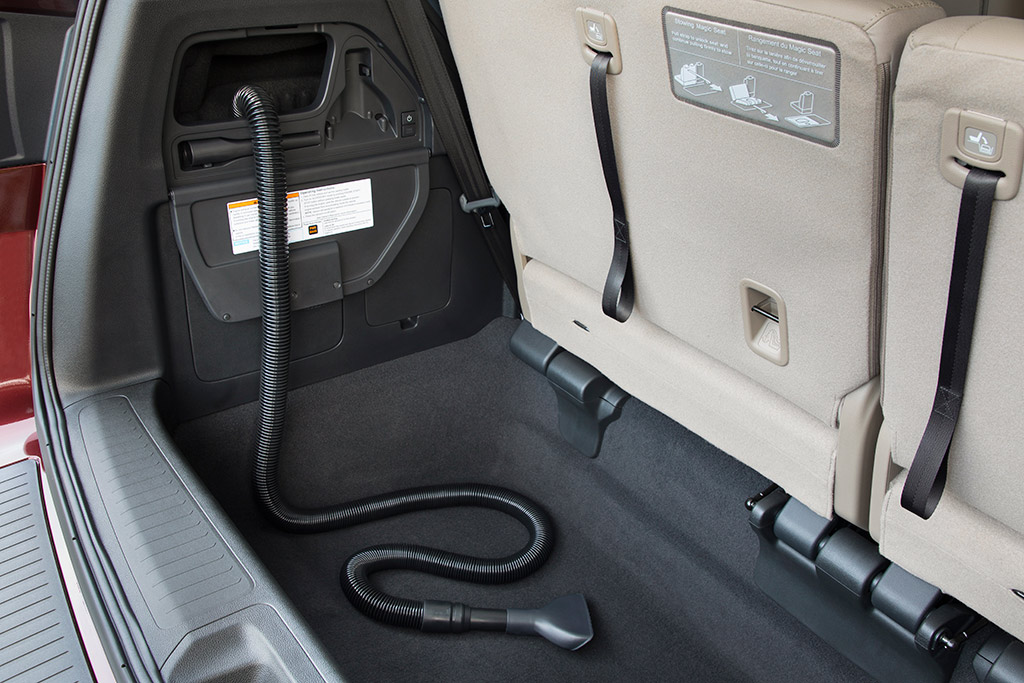 2019 Honda Odyssey: New Car Review featured image large thumb5