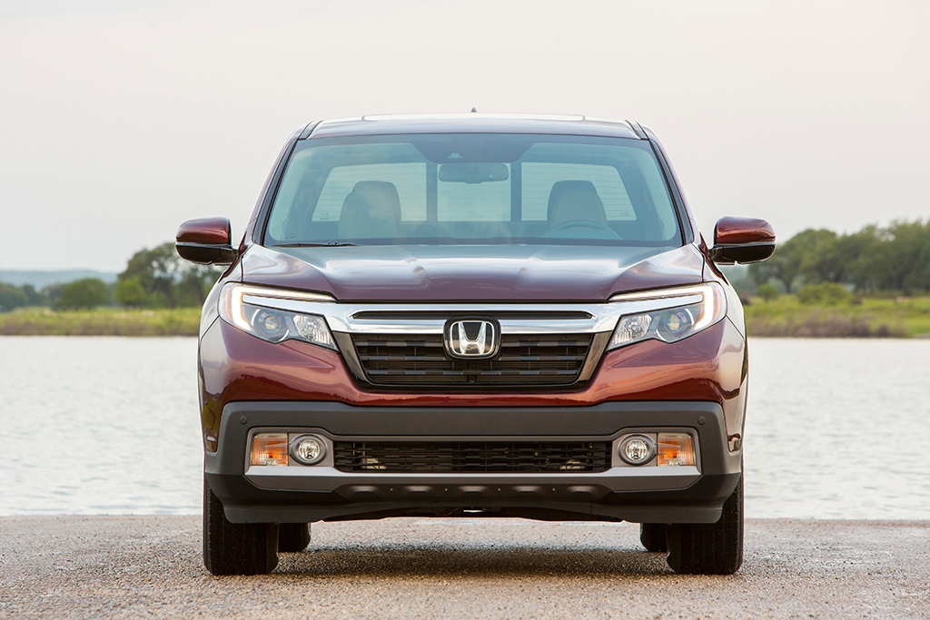 2019 Honda Ridgeline: New Car Review featured image large thumb4