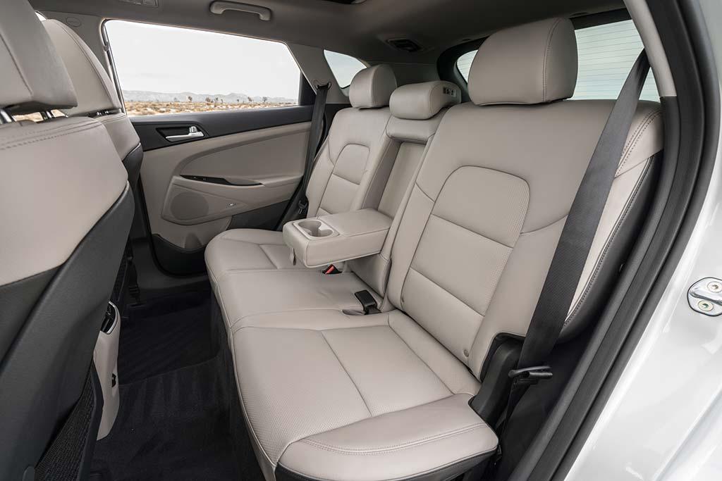 2019 Hyundai Tucson Review featured image large thumb8